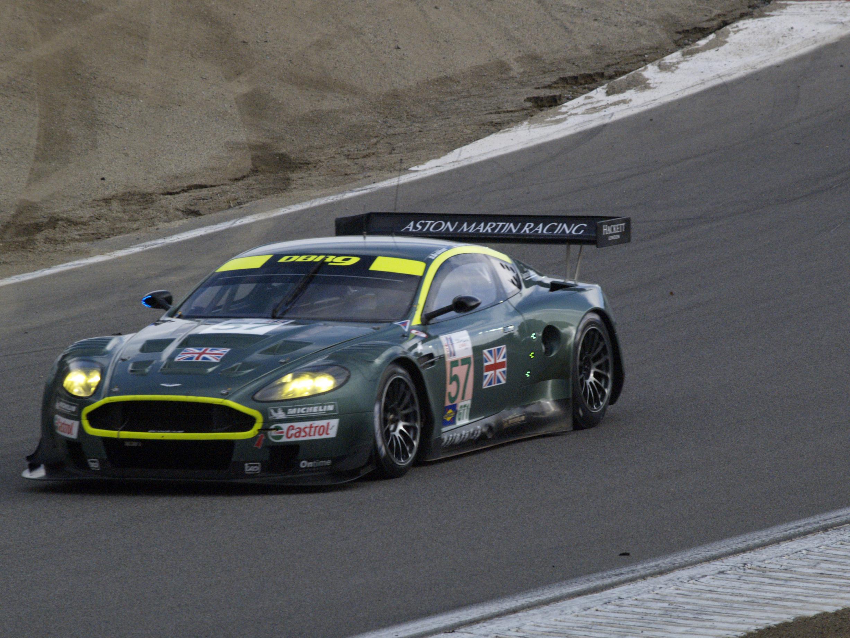 Green-Aston-Martin-Vanquish.jpg