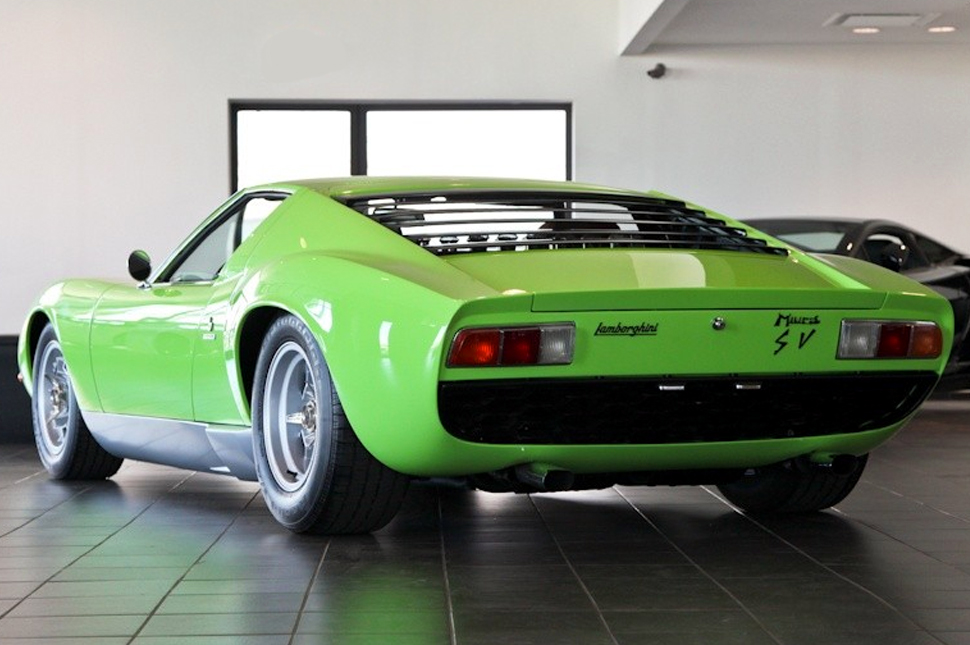 Top 10 Best Supercars of the 1970s - Zero To 60 Times