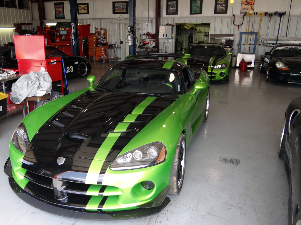 Green ACR Dodge Vipers Racing - Zero To 60 Times