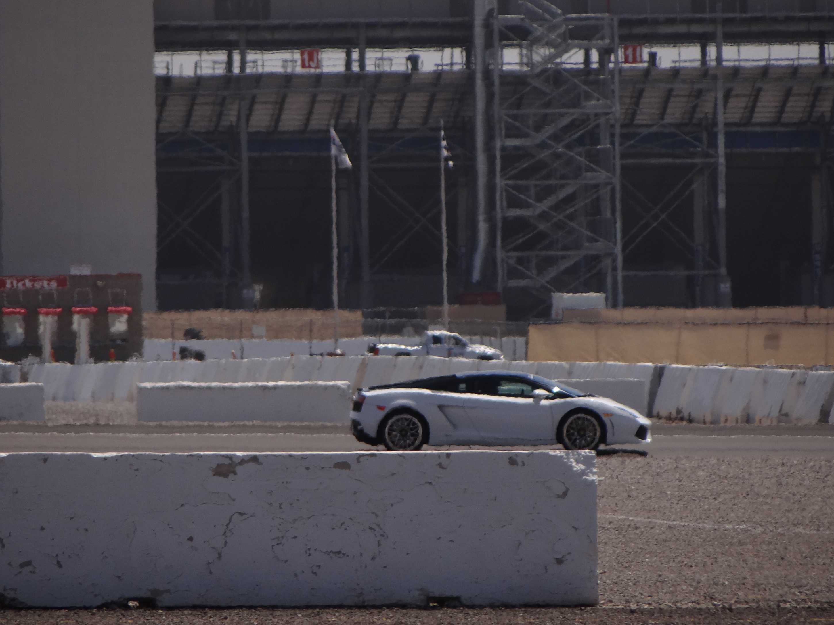 rent youtube around watch racing vegas aventador speedway in las at a lamborghini the