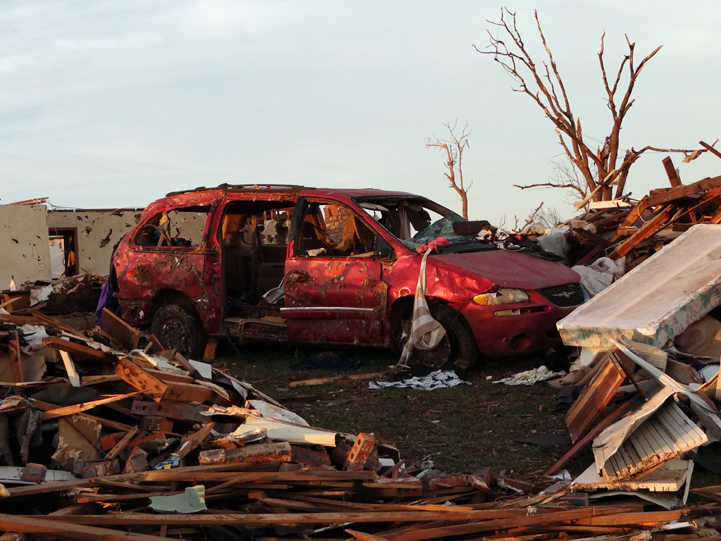 Ef5 Tornado Damaged Cars In Oklahoma Zero To 60 Times