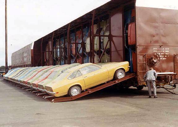 Car Shipping: The Amazing Vert-A-Pac Autorack Car Transporter!
