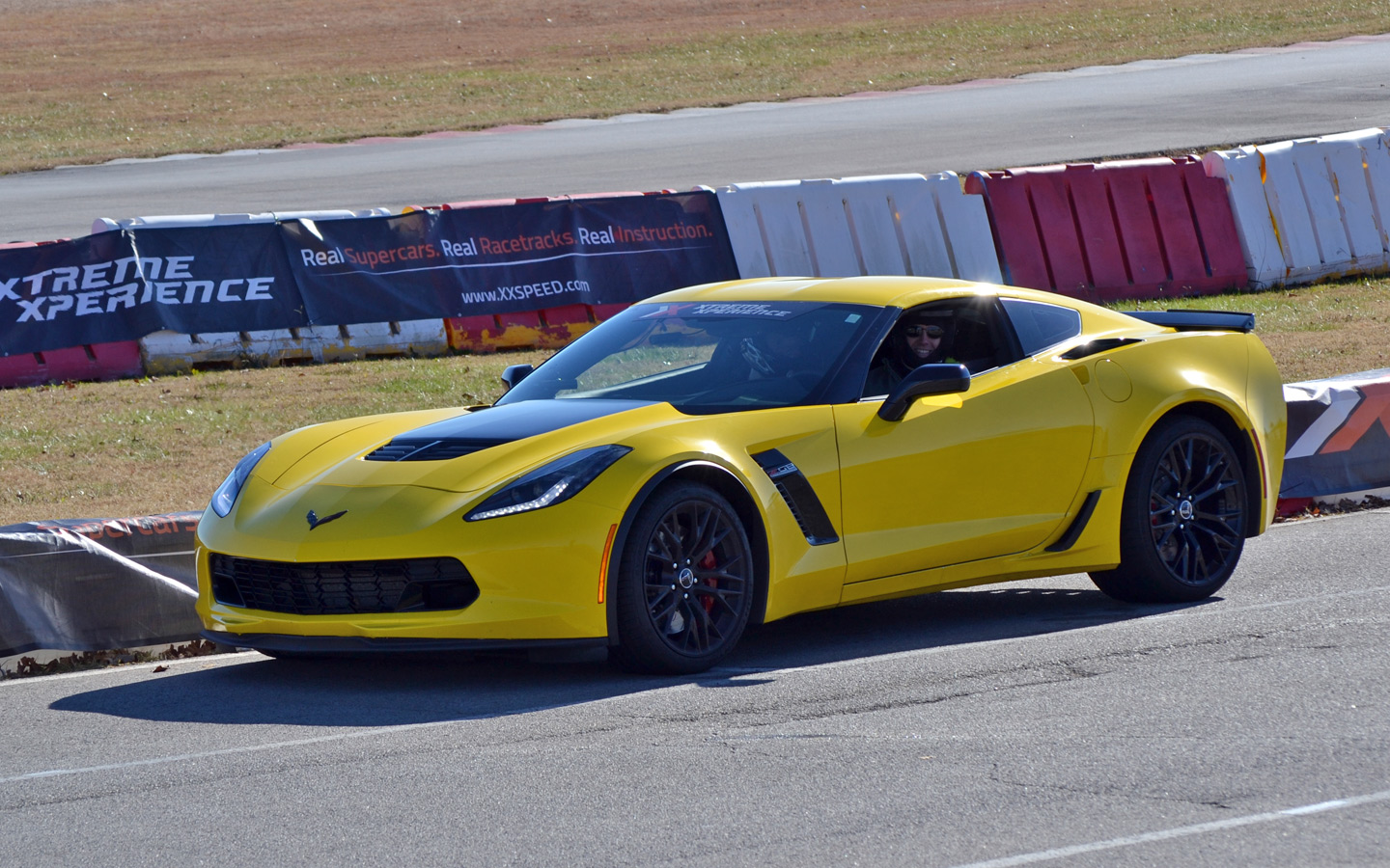 chevrolet corvette z06 driving experience zero to 60 times. Black Bedroom Furniture Sets. Home Design Ideas