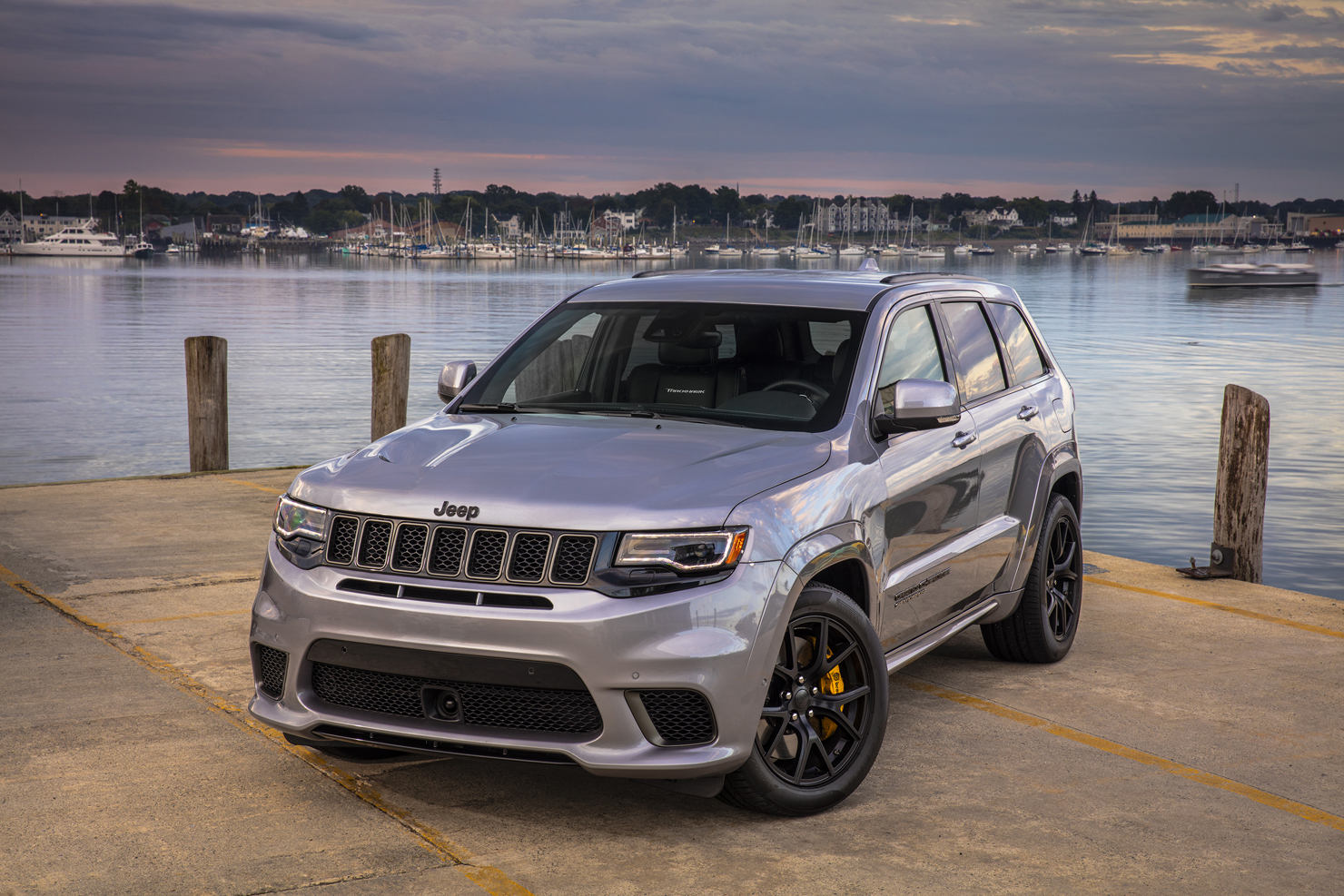 it 39 s bring your suv to track day 2018 jeep grand cherokee trackhawk zero to 60 times. Black Bedroom Furniture Sets. Home Design Ideas