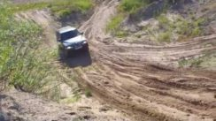 Daewoo Musso Off-Road Video