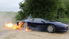 Flaming Jaguar XJ220 Burnout