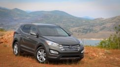 2013 Hyundai Santa Fe SUV Review