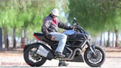 2012 Ducati Diavel Cromo vs Star VMAX
