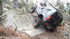 Suzuki Jimny JB43, Samurai & Daihatsu Rocky Off-Roading
