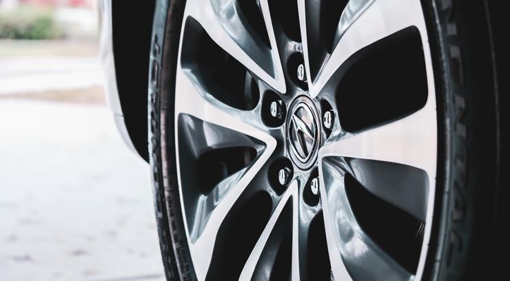 Damaged Car Wheels