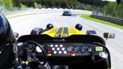 Caterham R300 vs Porsche 934 on Track