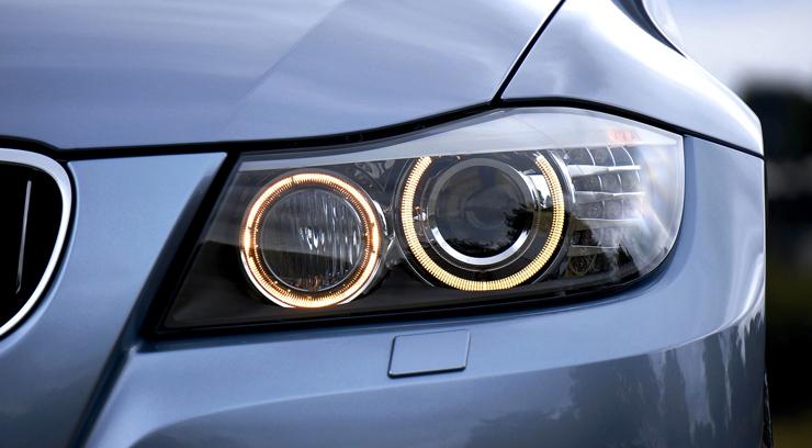 Flickering Headlights