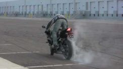 BMW S1000RR Drifting and Stunting