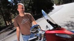 2014 Harley-Davidson Street Glide Special vs Indian Chieftain