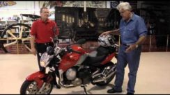 Jay Leno Shows Tests a Aprilia 850 Mana