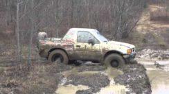 Isuzu Amigo Gets Stuck in the Mud