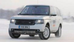 Range Rover Drifting in Snow