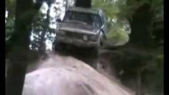 4×4 Compilation with Mud, Jumps & Crashes