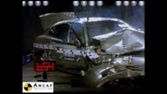 1997 Daewoo Leganza Crash Test Video